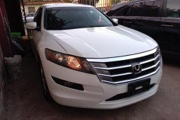 Tokunbo Honda Accord CrossTour 2012 Model White