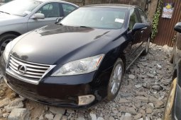 Well maintained Foreign Used 2010 Black Lexus ES for sale i
