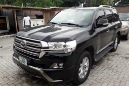 Used 2018 Toyota Land Cruiser suv / crossover automatic for sale
