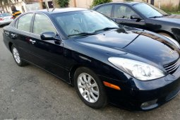 Super clean Lexus ES 330 2004 model