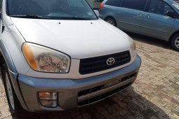 Foreign Used Toyota RAV4 2004 Model White