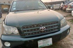 Nigerian Used 2003 Green Toyota Highlander for sale in Lagos