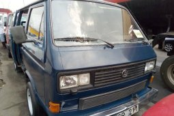 Tokunbo Volkswagen Transporter 1998 Model Blue