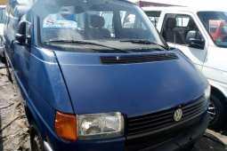Tokunbo Volkswagen Transporter 2002 Model Blue
