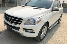 Foreign Used 2012 Black Mercedes-Benz ML350 for sale in Lagos