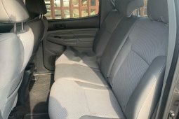 Foreign Used Toyota Tacoma 2014 Model Green