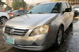 Nigeria Used Toyota Avalon 2008 Model Silver