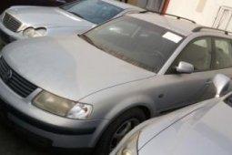 Foreign Used Volkswagen Passat 2002 Model Silver