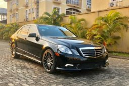 Foreign Used 2011 Mercedes-Benz E350 for sale in Lagos