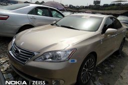 Gold Foreign Used 2011 Gold Lexus ES for sale in Lagos