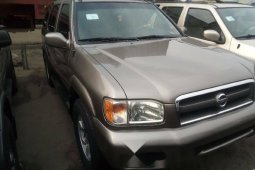 Foreign Used Nissan Pathfinder 2002 Model Silver