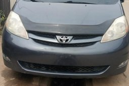 Foreign Used Toyota Sienna 2009 Model Gray
