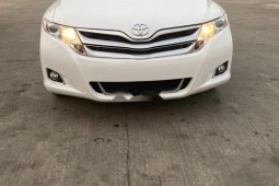 Foreign Used 2013 White Toyota Venza for sale in Lagos