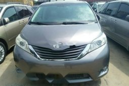 Foreign Used Toyota Sienna 2013 Model Gray