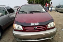 Foreign Used Toyota Sienna 2003 Model Red