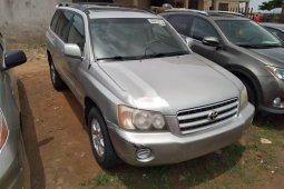 Foreign Used 2003 Silver Toyota Highlander for sale in Lagos