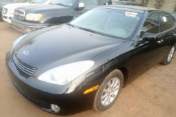 Foreign Used 2004 Black Lexus ES for sale in Lagos