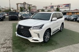 Brand New 2016 White Lexus LX for sale in Lagos.