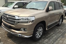 Brand New 2018 Gold Toyota Land Cruiser for sale in Lagos.