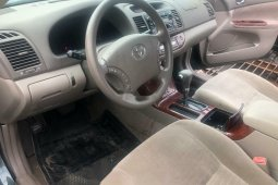 Foreign Used 2006 Green Toyota Camry for sale in Lagos.