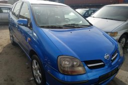Direct Tokunbo 2002 Nissan Almera Tino for sale
