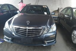 Clean Mercedes-Benz E320 2013 Model