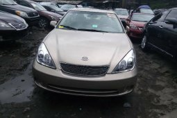 Foreign Used 2006 Gold Lexus ES for sale in Lagos.