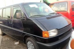 Family Used Volkswagen Transporter 2000 Model for sale