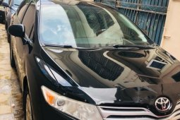 Foreign Used 2010 Black Toyota Venza for sale in Lagos.