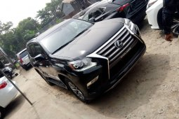 Foreign Used 2016 Black Lexus GX for sale in Lagos.