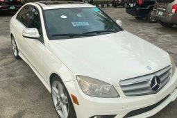 Foreign Used Mercedes-Benz C300 2009 Model for sale