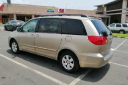 Super Clean Foreign Used Toyota Sienna 2008
