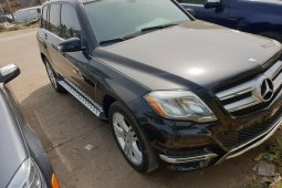Foreign Used 2013 Black Mercedes-Benz GLK for sale in Lagos.