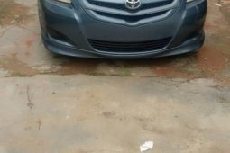 Foreign Used 2007 Green Toyota Yaris for sale in Lagos.