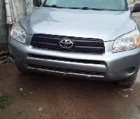 Foreign Used 2007 Green Toyota RAV4 for sale in Lagos.