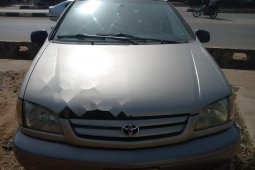 First body Toyota Sienna 2002 Model for sale
