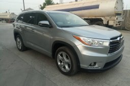Foreign Used 2015 Toyota Highlander for sale in Lagos.