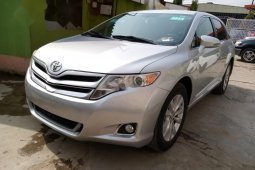 A Foreign used toyota venza 2013 for sale