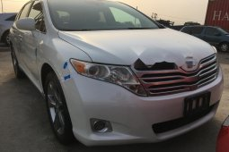 Tokunbo Toyota Venza 2012 Model White