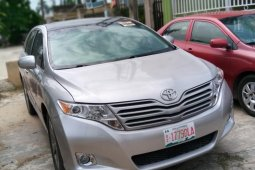 Foreign Used Toyota Venza 2010 Model Silver