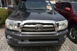 Foreign Used Toyota Tacoma 2006 Model Gray