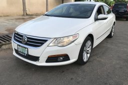 Nigeria Used Volkswagen Passat 2010 Model White