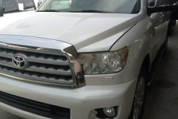 Foreign Used Toyota Sequoia 2010 Model White