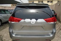 Foreign Used Toyota Sienna 2011 Model Silver