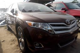 Foreign Used 2010 Brown Toyota Venza for sale in Lagos.