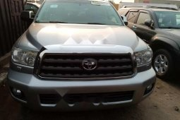 Foreign Used Toyota Sequoia 2010 Model Silver