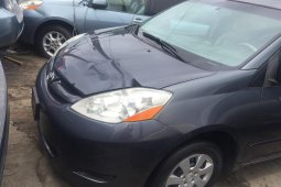 Clean Tokunbo Toyota Sienna 2006 Model for sale