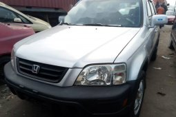 Foreign Used 2001 Silver Honda CR-V for sale in Lagos.