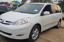 Foreign Used Toyota Sienna 2007 Model White