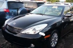 Very Clean Tokunbo Lexus ES 2004 Model